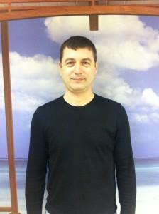 помощник по хозяйству Константин Владимирович