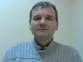 помощник по хозяйству Валерий Михайлович