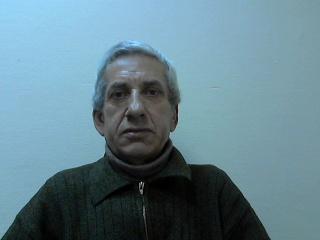 помощник по хозяйству Валентин Петрович